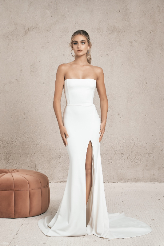 Vagabond Zoe - White Satin Bridal Boutique Ottawa - Designer & Luxury Wedding Gown - Off the rack & custom order - Bridal Seamstress