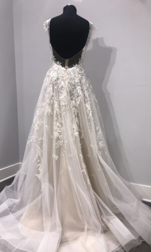 Vaughn Back Hayley Paige - White Satin Bridal Boutique Ottawa - Designer & Luxury Wedding Gown - Off the rack & custom order - Bridal Seamstress