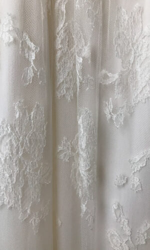 Swell Close Up by Sarah Seven - White Satin Bridal Boutique Ottawa - Designer & Luxury Wedding Gown - Off the rack & custom order - Bridal Seamstress