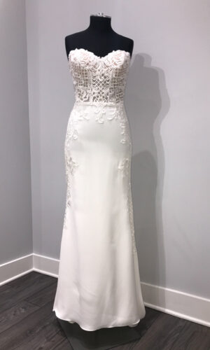 Front Haizea by Willowby - White Satin Bridal Boutique Ottawa - Designer & Luxury Wedding Gown - Off the rack & custom order - Bridal Seamstress