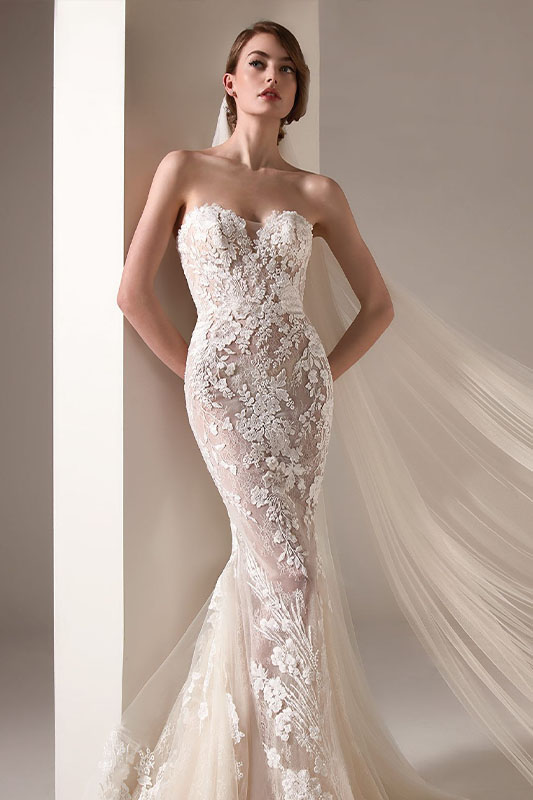 Atelier Pronovias fitted strapless dress - White Satin Bridal Boutique Ottawa - Designer & Luxury Wedding Gown - Off the rack & custom order - Bridal Seamstress