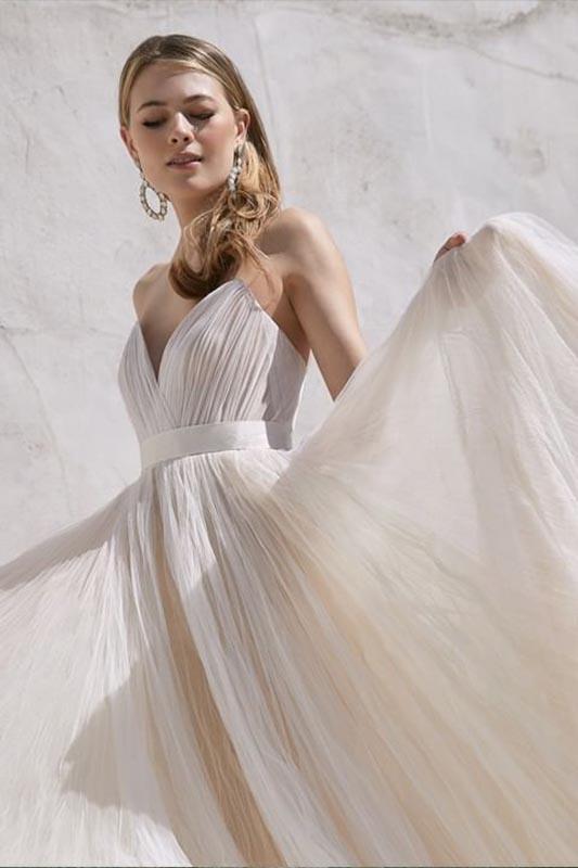 Watters 1 White Rock - White Satin Bridal Boutique Ottawa - Designer & Luxury Wedding Gown - Off the rack & custom order - Bridal Seamstress